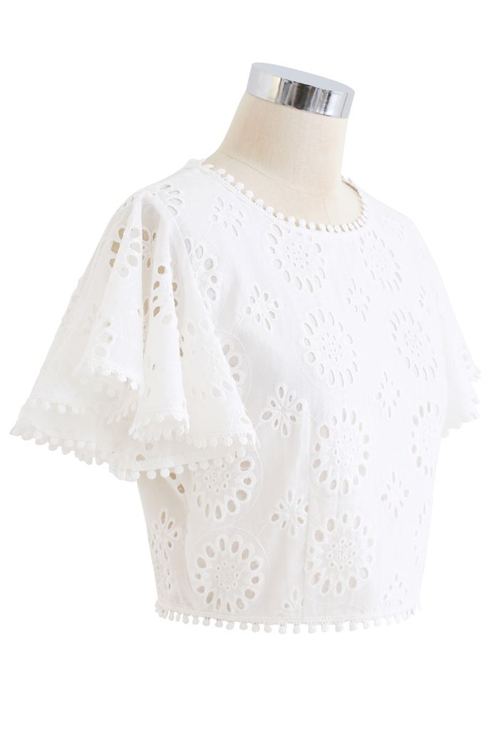 Floral Eyelet Embroidered Ruffle Sleeves Crop Top in White