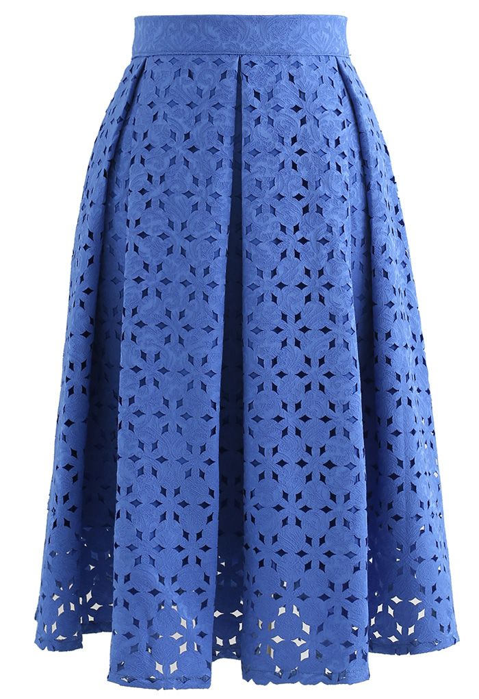 Snowflake Cutwork Jacquard Pleated Skirt in Blue