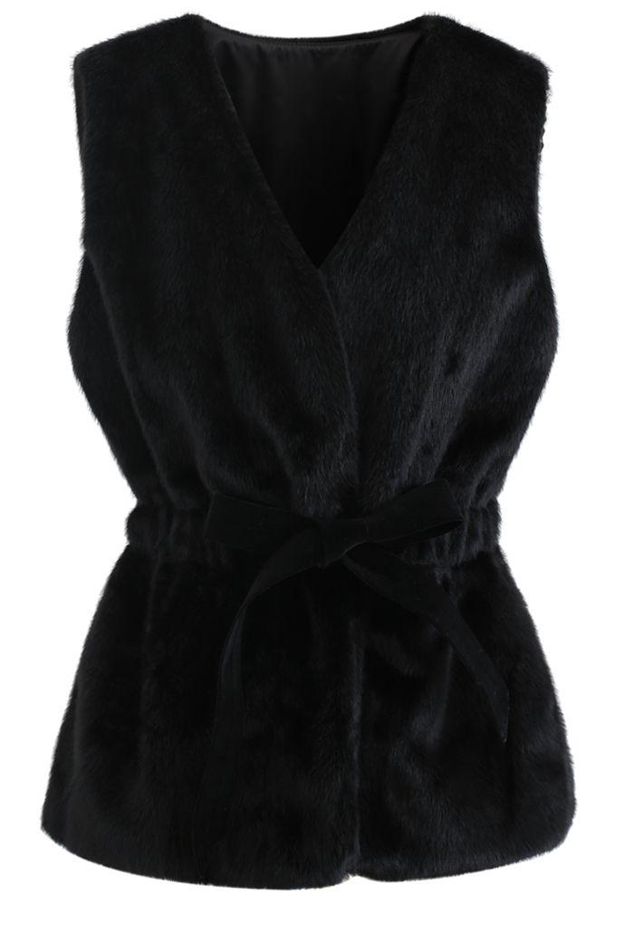 Bowknot Soft Faux Fur Vest in Black