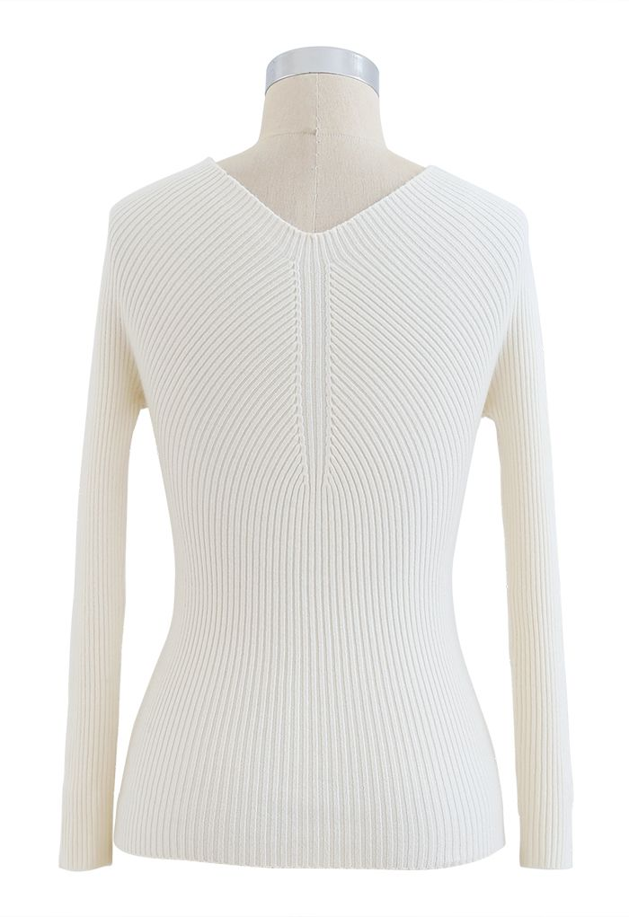 Seamless V-Neck Ribbed Knit Top in Cream
