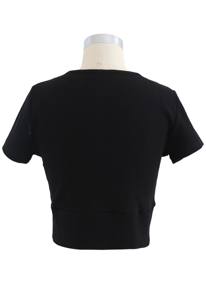 Short-Sleeve Buttoned Cropped Top in Black