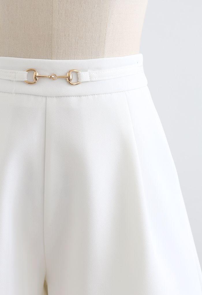 Horsebit Side Pockets Shorts in White