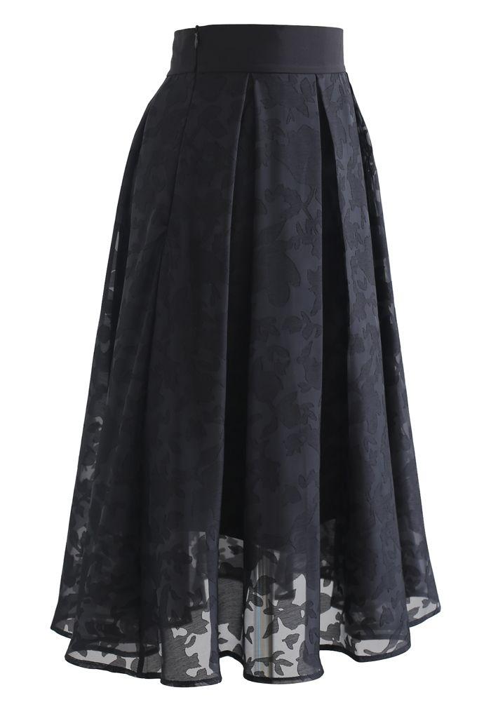 Flower Shadow Organza Pleated Skirt in Black