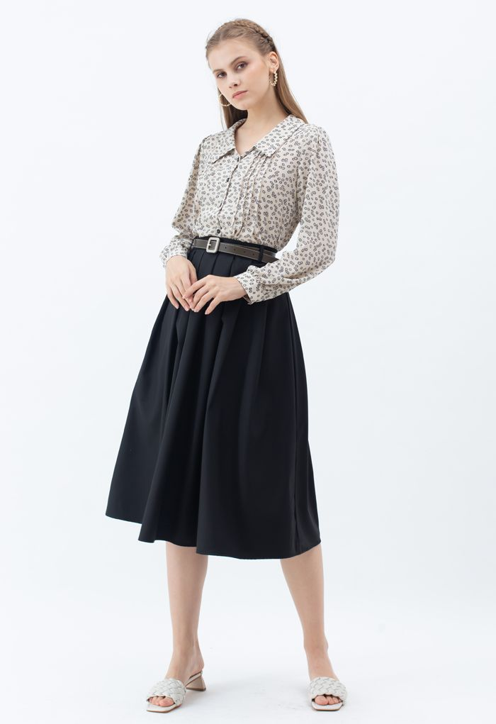 Classic Belted Pleated Midi Skirt in Black