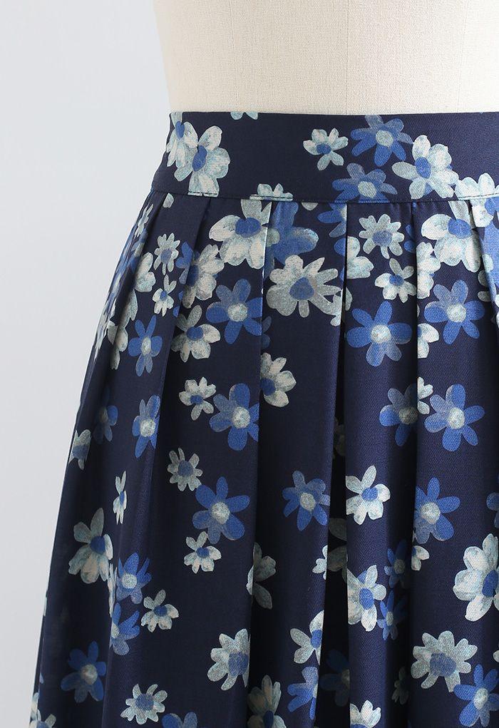 Falling Flowers Pleated Midi Skirt in Navy