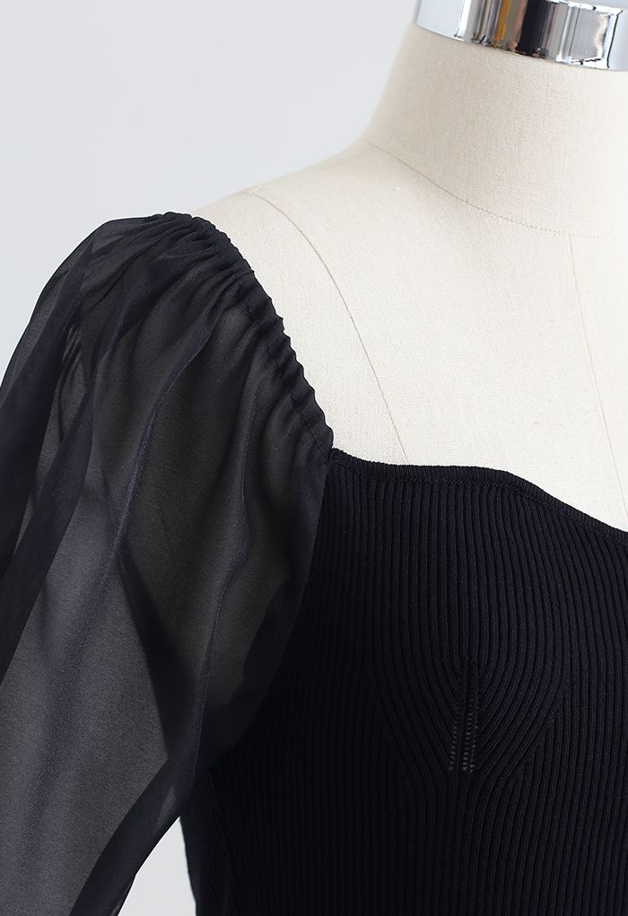 Sweetheart Neck Spliced Sleeve Crop Knit Top in Black