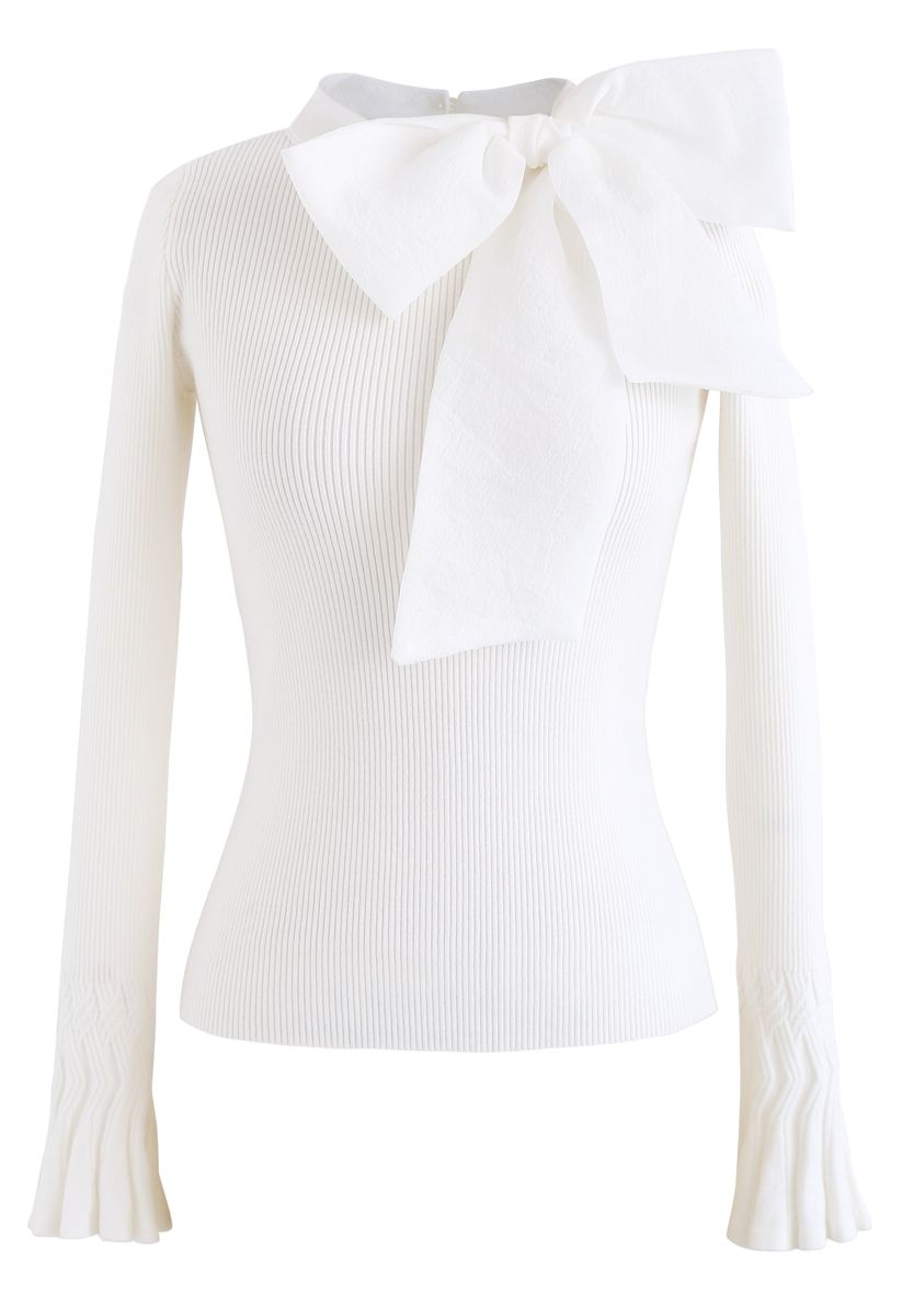 Fancy with Bowknot Knit Top in White