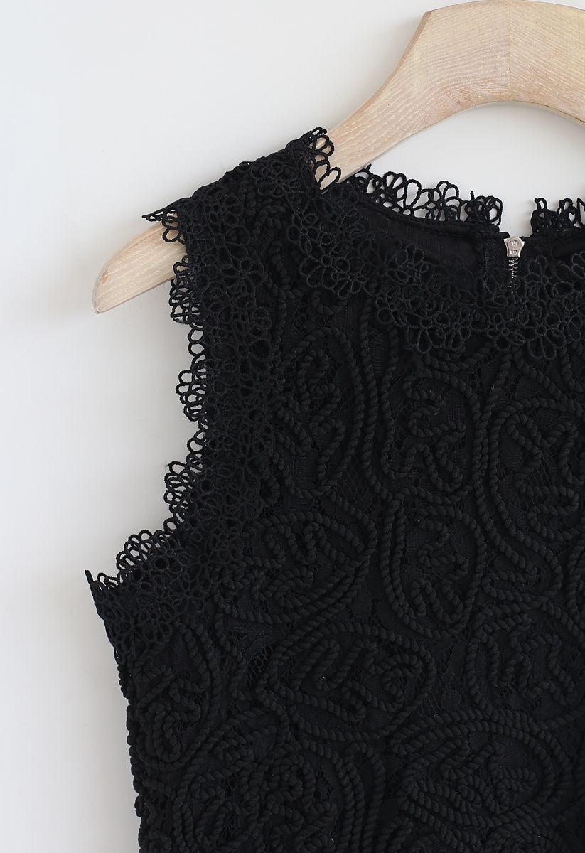 Diva Full Lace Crop Top in Black