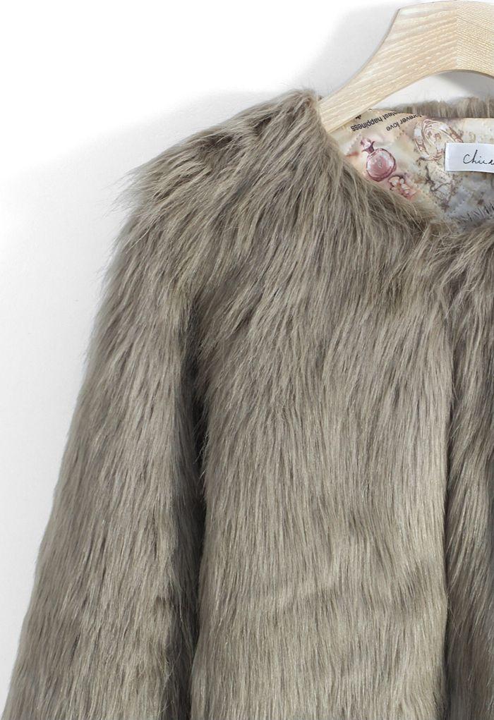 My Chic Faux Fur Coat in Brown
