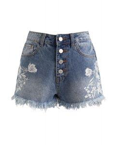 Embroidered Floral Buttoned Frayed Hem Denim Shorts