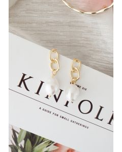 Gold Interlocking Circle and Pearl Earrings