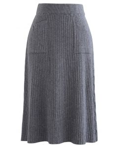 Two Patched Pockets Knit Skirt in Grey