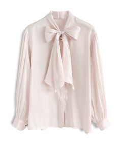 Jaunty Bowknot Silky Shirt in Cream