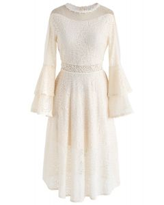 Tender Lace Bell Sleeves Dress in Cream