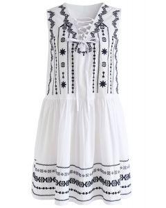 Boho Embroidered Sleeveless Dress in White